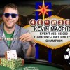 Super MacPhee comanda 16 left un field da urlo al Main Event WSOPE