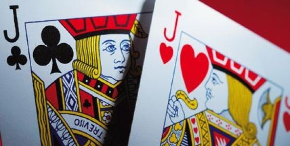 Giocare una Coppia di Jack nel Poker Texas Hold'em