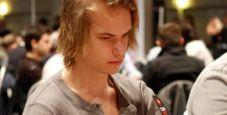 """SuperStar Showdown: Viktor """"Isildur1"""" Blom è avanti di 280.000 dollari!"""