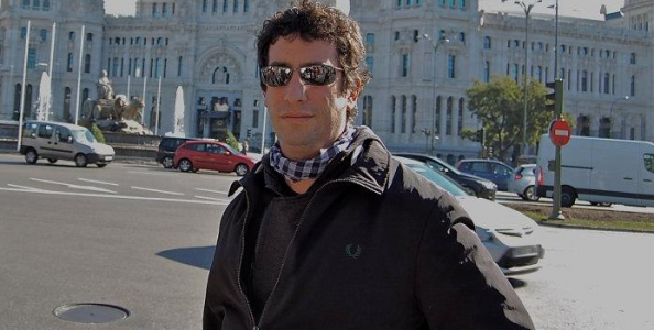Giulio Astarita difende il poker live su Facebook