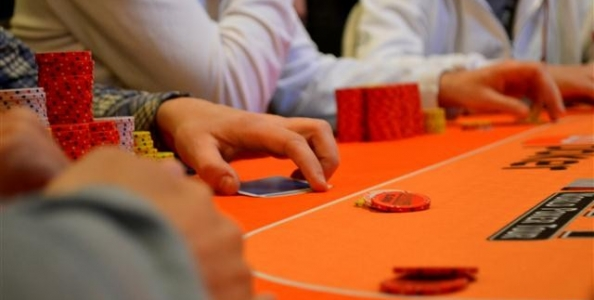 Poker Tips con Irene Baroni – Il Resteal nel Late Stage degli MTT