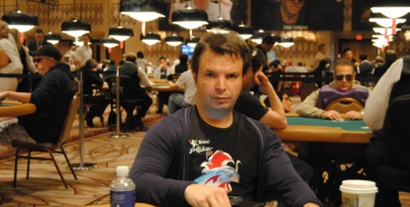 WSOP 2012 – Niccolò Caramatti: bottom set in MTT 6-max