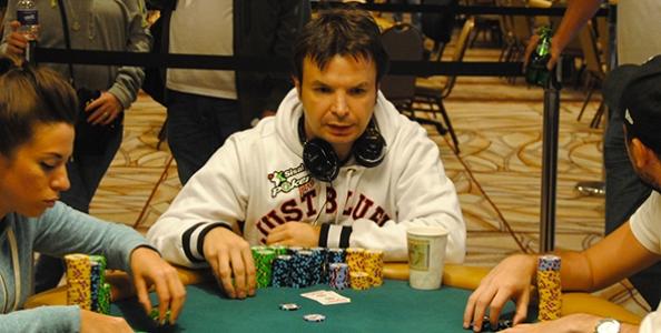 WSOP 2012 – Caramatti deep stack al 6-handed, avanti anche Alioto