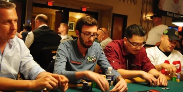 WSOP 2012 – 3 giugno: disfatta italiana, si salva solo Galb!