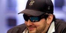 Main Event WSOPE day 2: Marco Leonzio c'è, Phil Hellmuth per i massimi!
