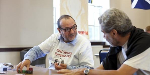 """Dario De Toffoli e la lezione di poker alla Luiss: """"Prendere una decisione corretta permette di governare l'alea"""""""