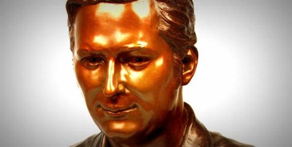 Phil Hellmuth, anche un busto in Bronzo per il pluricampione