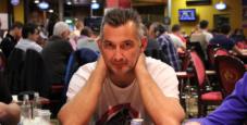 """SharkBay """"Accumulator"""": Alessio Pillon chipleader dopo il Day 1A."""