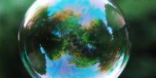 Salvare l'uomo bolla: favorevoli o contrari?