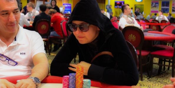 SharkBay Main Event Day 1B – Spunto di Svetlana Kiseleva, Vincenzo Casiddu chipleader nell'Accumulator