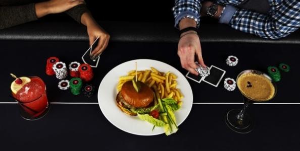 A Londra nasce il ristorante del poker: il conto si paga giocando a Texas Hold'em!