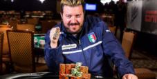 Max Pescatori riscrive la storia del poker azzurro: vince l'evento Razz e conquista il terzo braccialetto in carriera!