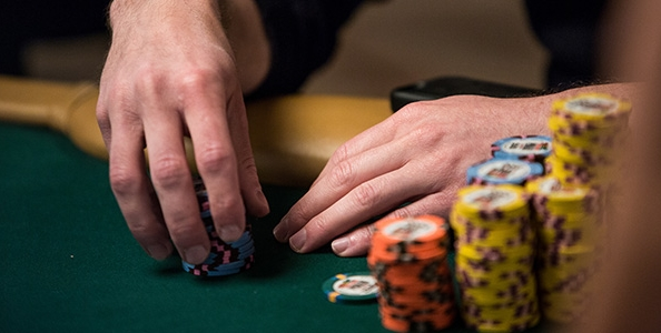 L'incredibile quads che ha portato Federico Butteroni al Day7 del Main Event WSOP: l'analisi del push