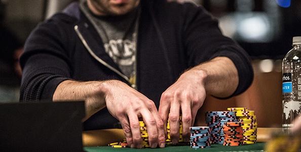 Cash game tips – L'approccio giusto al check-raise nei diversi livelli di gioco