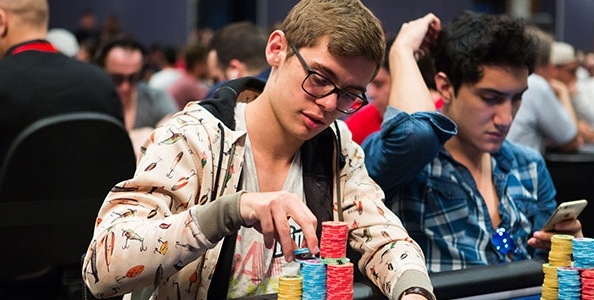 Che 'tiltata' di Fedor Holz al 10.000€ High Roller EPT Grand Final! Vince Chance Kornuth su Philip Gruissem