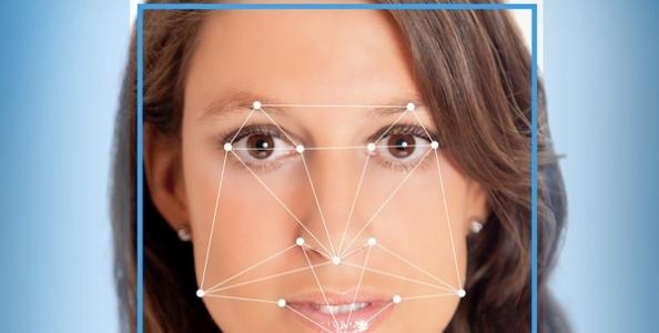 La tua poker face ti tradisce: nasce Faception, il nuovo software che riconosce i poker player dai lineamenti del volto