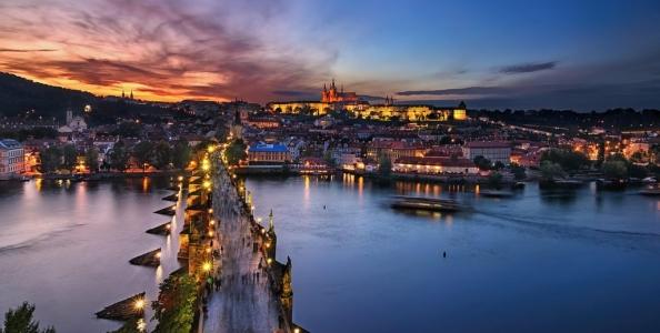 EPT Praga, ufficializzato il programma: altro dicembre da sogno in Repubblica Ceca! Si parte giovedì 8