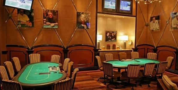 Tensione tra Gus Hansen e David Hoppenheim nella Bobby's room: 150.000$ in chip finiscono sul pavimento!