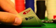 WSOP – Gutfreund viene quasi punito per una mossa controversa con gli assi nel Main Event. Ecco il video