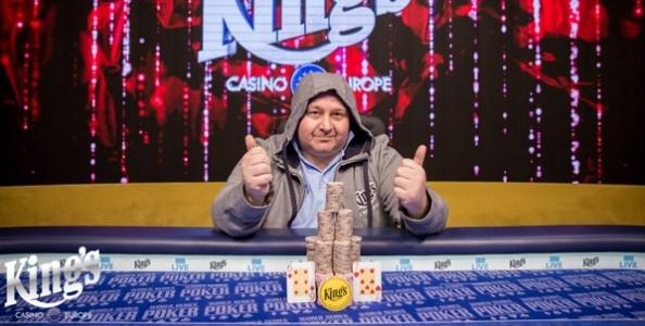 """Alessandro Ferrara vince 49.000€ al King's tra 2.400 entries: """"Ho dominato! Io qui ci vivrei"""""""