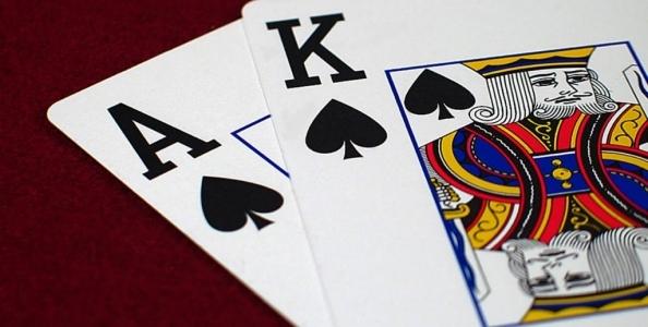 Punti di vista MTT – Cold 4-bet push con stack deep: che fare con AK off?