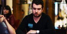 Chris Moorman e una mano particolare contro un Loose-Maniac a Bucarest
