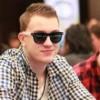 Chi è Roman Romanovsky, il nuovo numero uno mondiale dei tornei di poker online