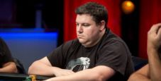 Shaun Deeb attacca Bryn Kenney, i regular High-Roller lo sbranano!