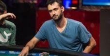Alex Livingston spiega l'incredibile fold con Q-Q al Tavolo Finale del Main Event WSOP