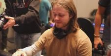 L'incredibile misclick live di Charlie Carrel al Tavolo Finale dell'High Roller EPT