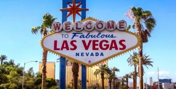A Las Vegas riprende la vita: sì a spettacoli e concerti, WSOP forse in autunno