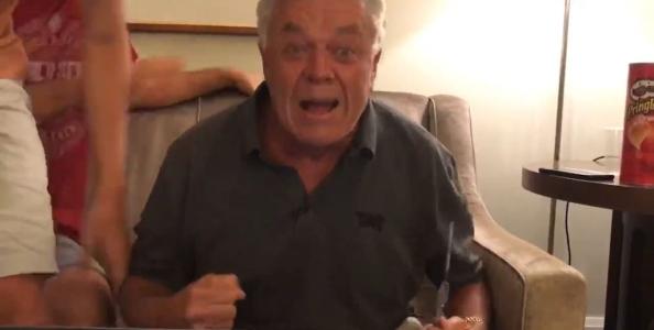 Gioca il suo primo torneo online e vince il braccialetto: la favola del settantenne Ron McMillen