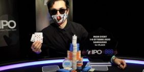 Andrea Radicchi vince l'IPO 888poker San Marino!