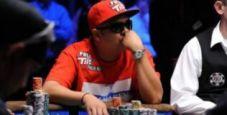 WSOP 2010: Nguyen vs Le, full house vs full house
