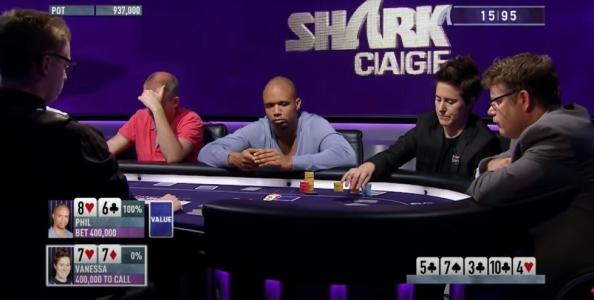 Vanessa Selbst folda top set contro Phil Ivey che indovina le sue carte mentre impila