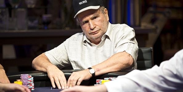 Gabe Kaplan, l'amatissimo comico del poker. Cosa fa oggi