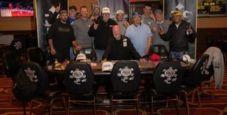 In un torneo di poker live in Iowa 11 giocatori hanno sottoscritto un DEAL ALLA PARI!