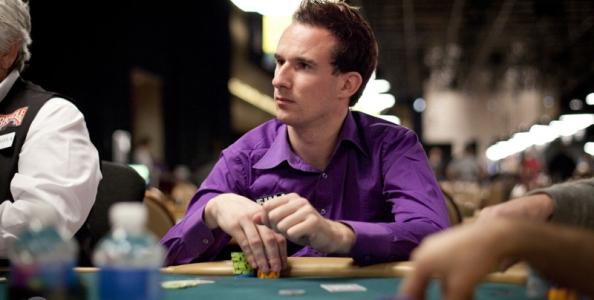 Poker Live: grande ritorno di Isaia all'ISOP, Theodoridis in testa al Day1C IPO