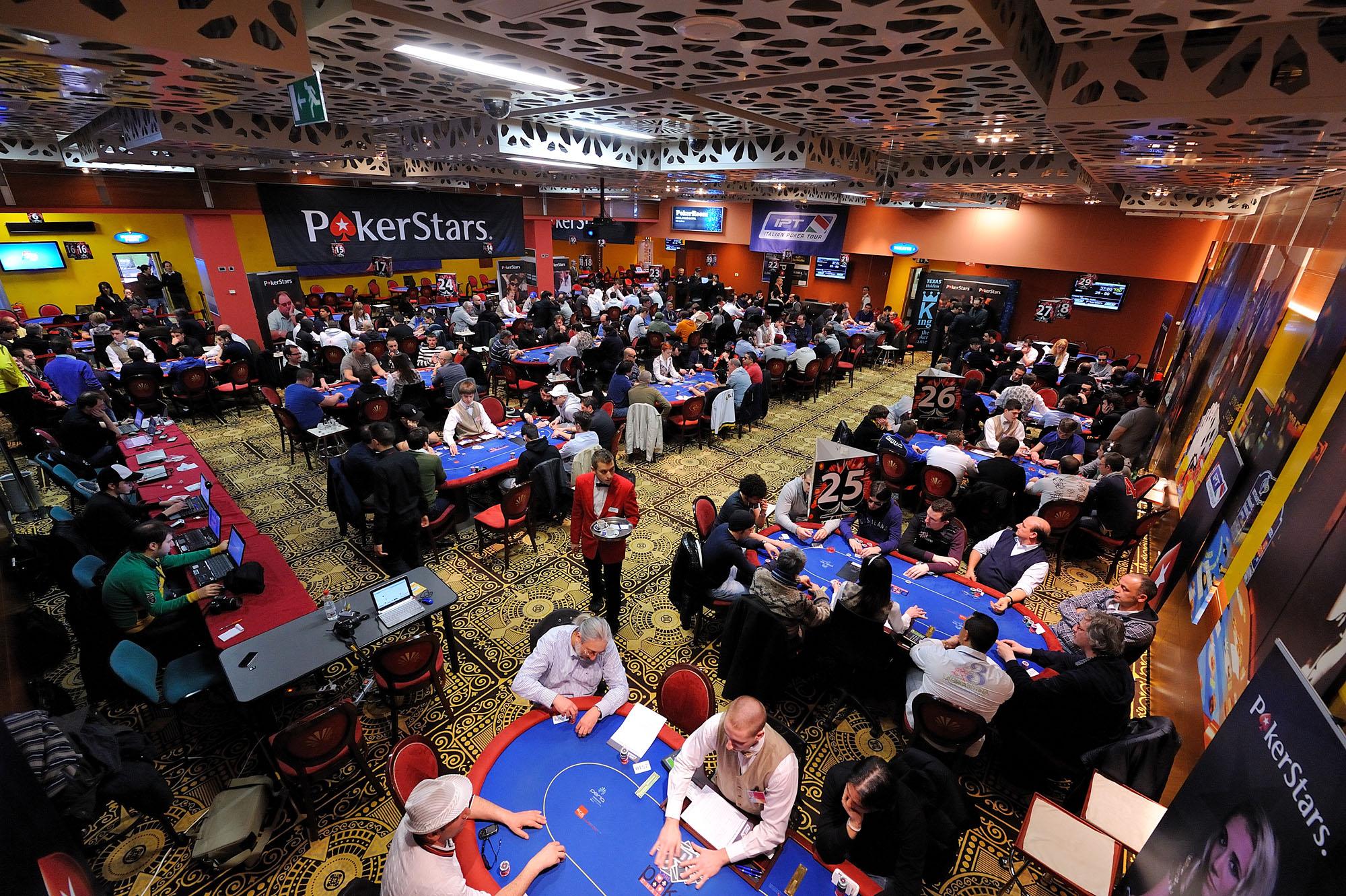 Casino la perla poker