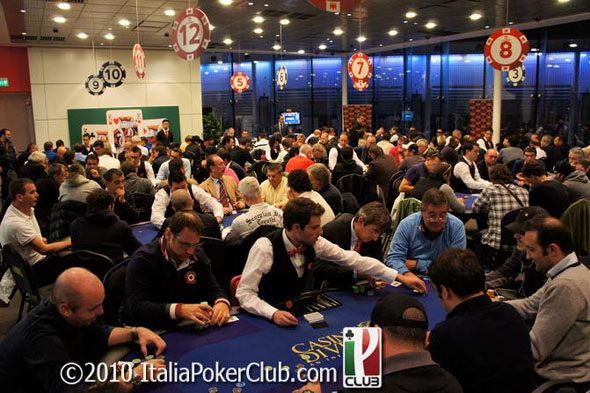Guangzhou poker club