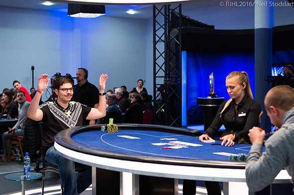 mustapha-kanit-hands-up-high-roller-ept-dublino