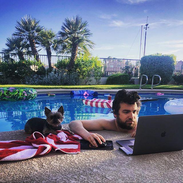 chris moorman ufficio grinding piscina